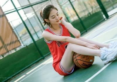 篮球服美女4k壁纸