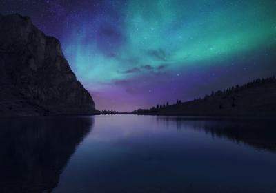 奥罗拉湖的夜晚 瑞士Bannalp湖 冰岛 极光 星空 4K壁纸